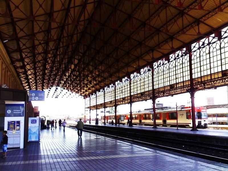 estación de tren de León