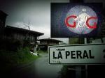 A la salida de La Callezuela el indicador de los dos kilómetros a la Peral