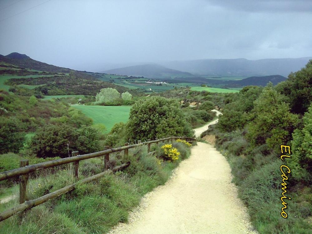 Camino a Azqueta