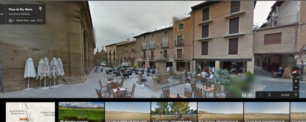 Plaza de Santa María en Los Arcos